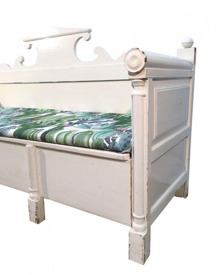Antikes Schwedische Sofa Mit Holzgestell Bei Pamono Kaufen