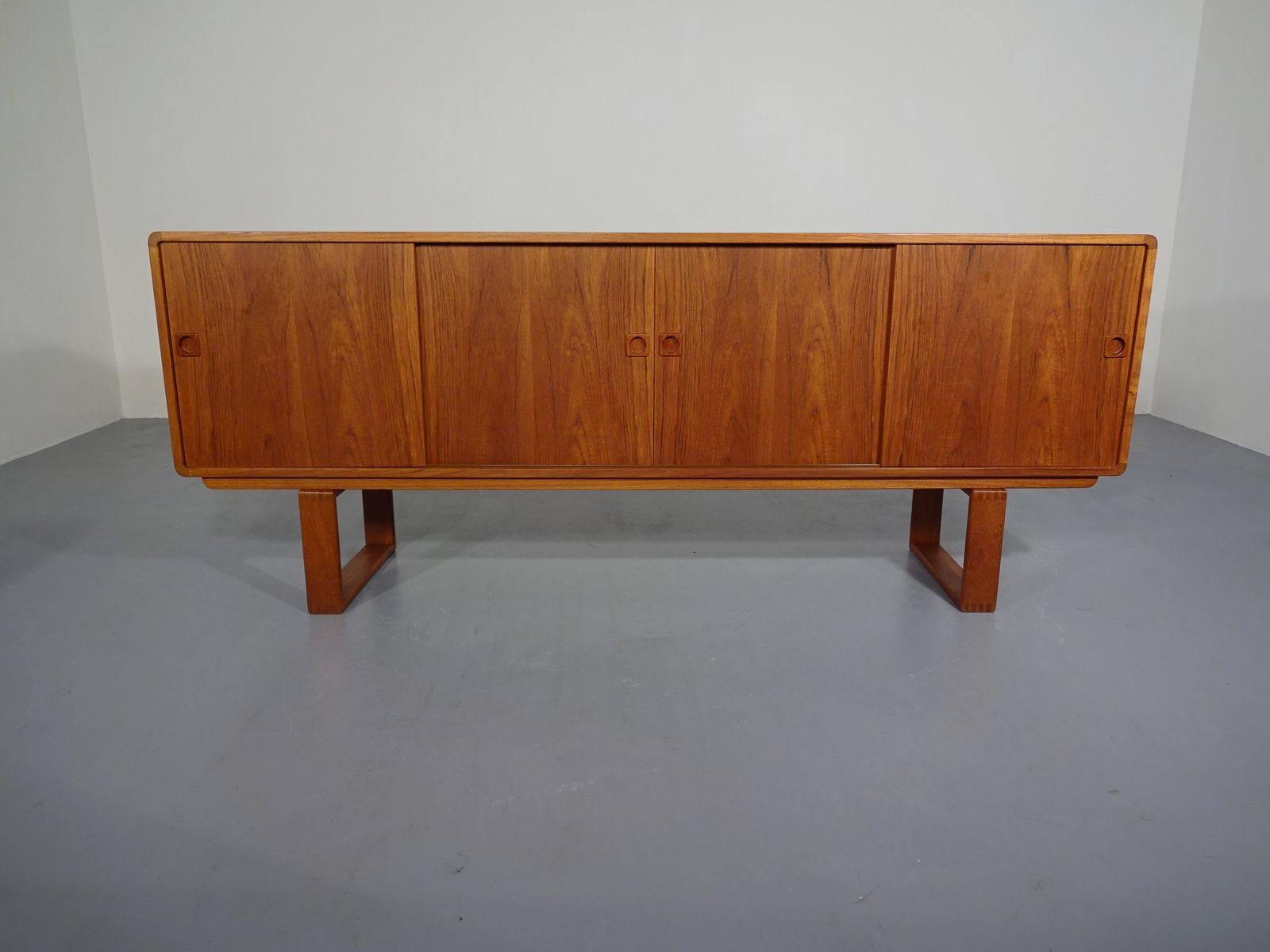 Dänisches Teak Sideboard von Faarup Møbelfabrik, 1960er