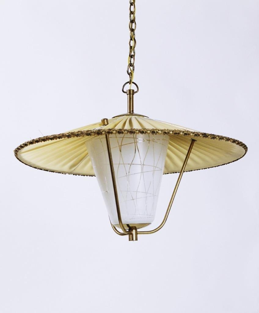 Mid-Century Laternen-Hängelampe aus Messing & Opalglas, 1950er