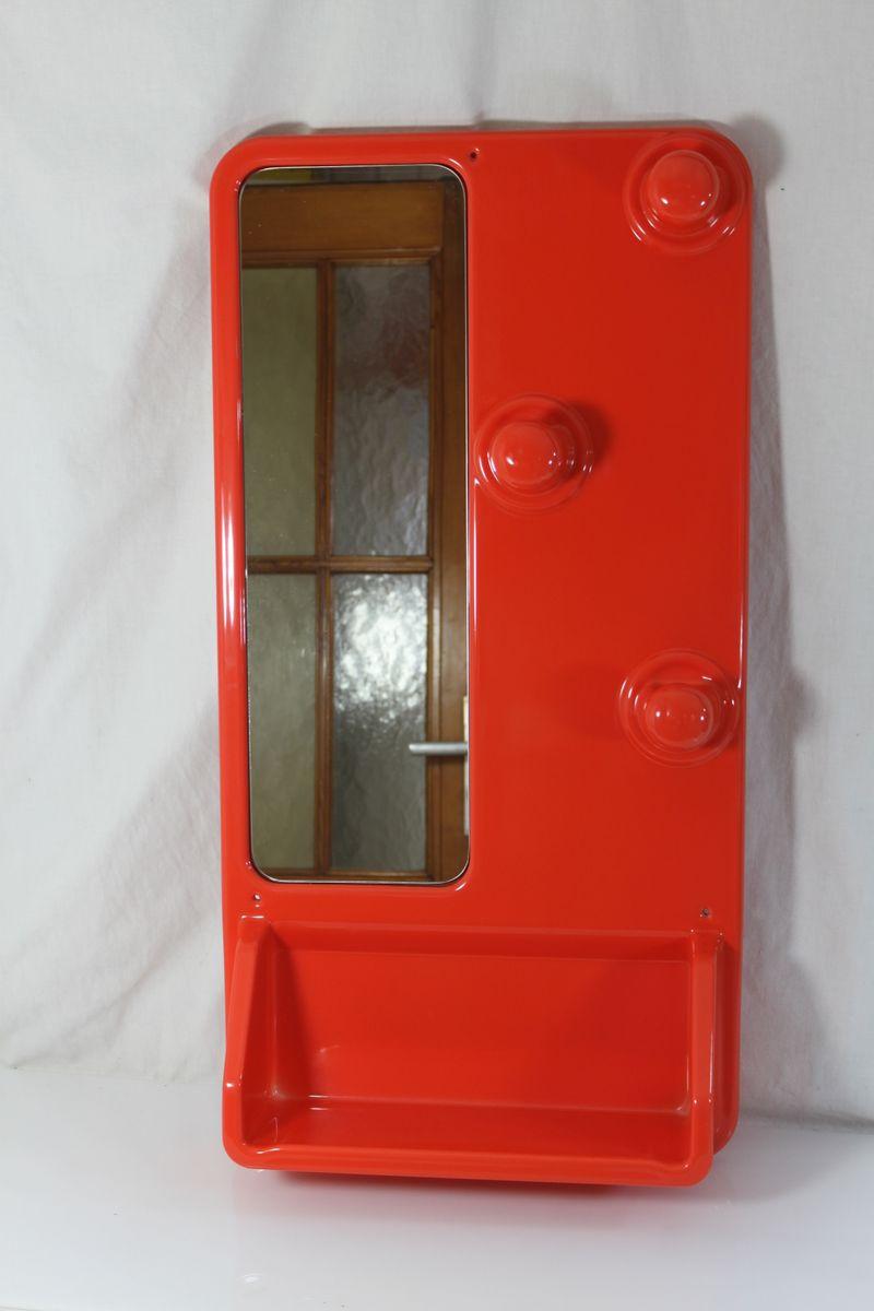 Rote Vintage Garderobe mit Spiegel