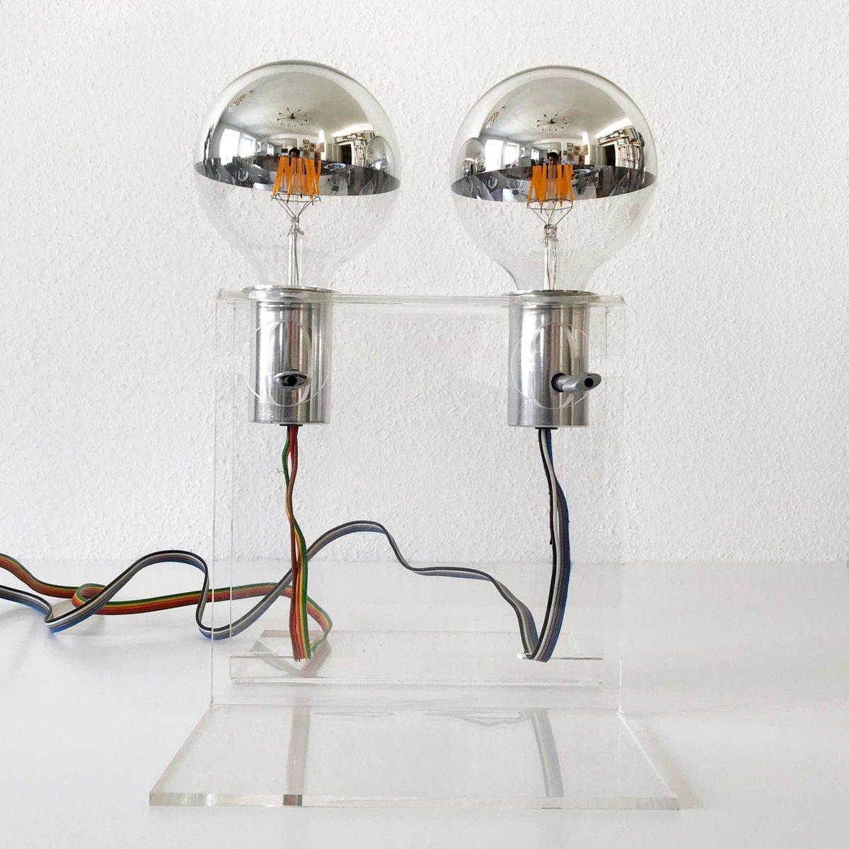 Moderne Mid-Century Tischlampe aus Plexiglas, 1970er