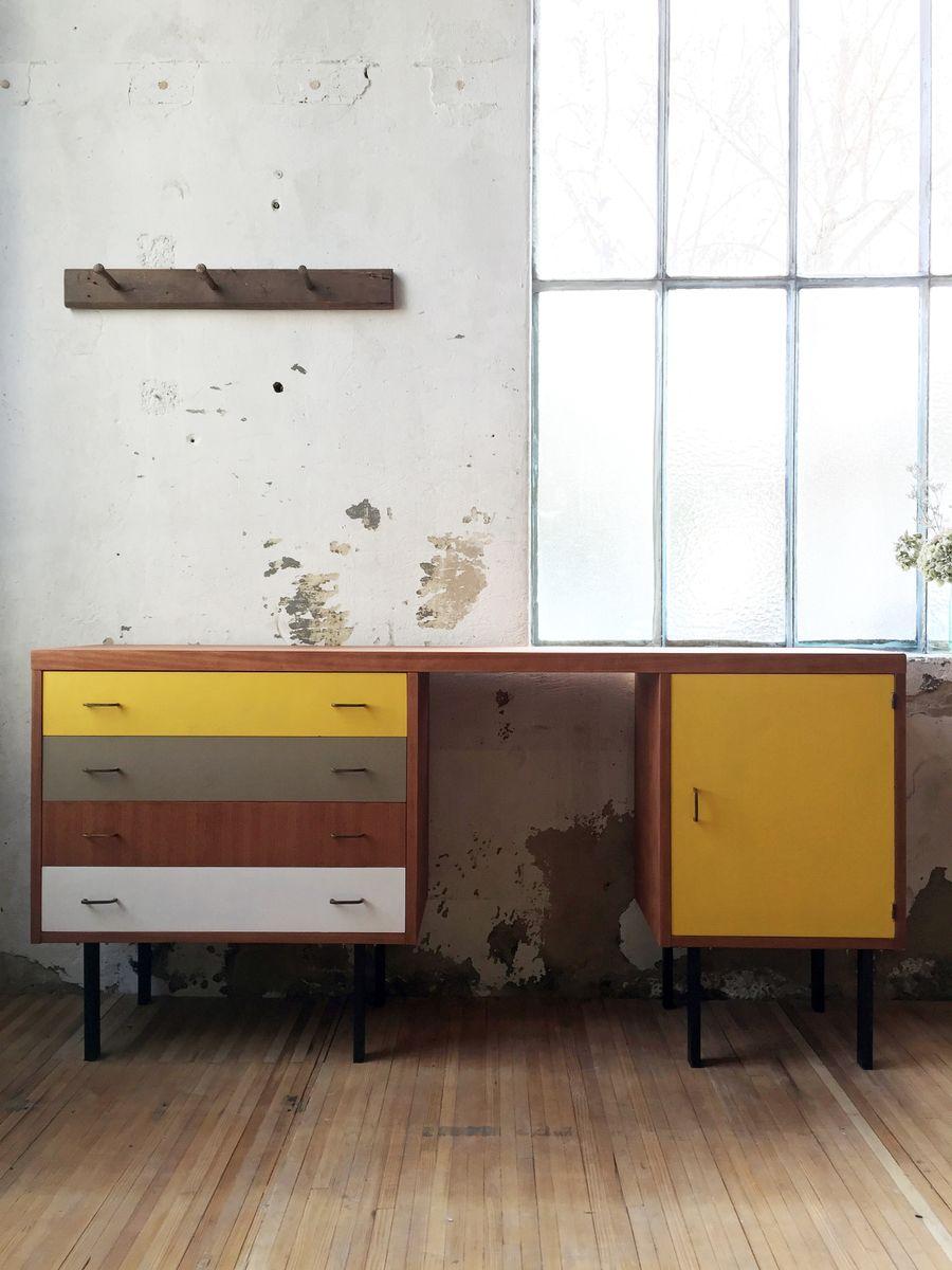 Buntes Vintage Sideboard