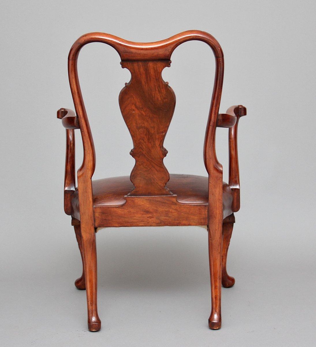 Vintage Queen Anne Style Childs Chair Bei Pamono Kaufen