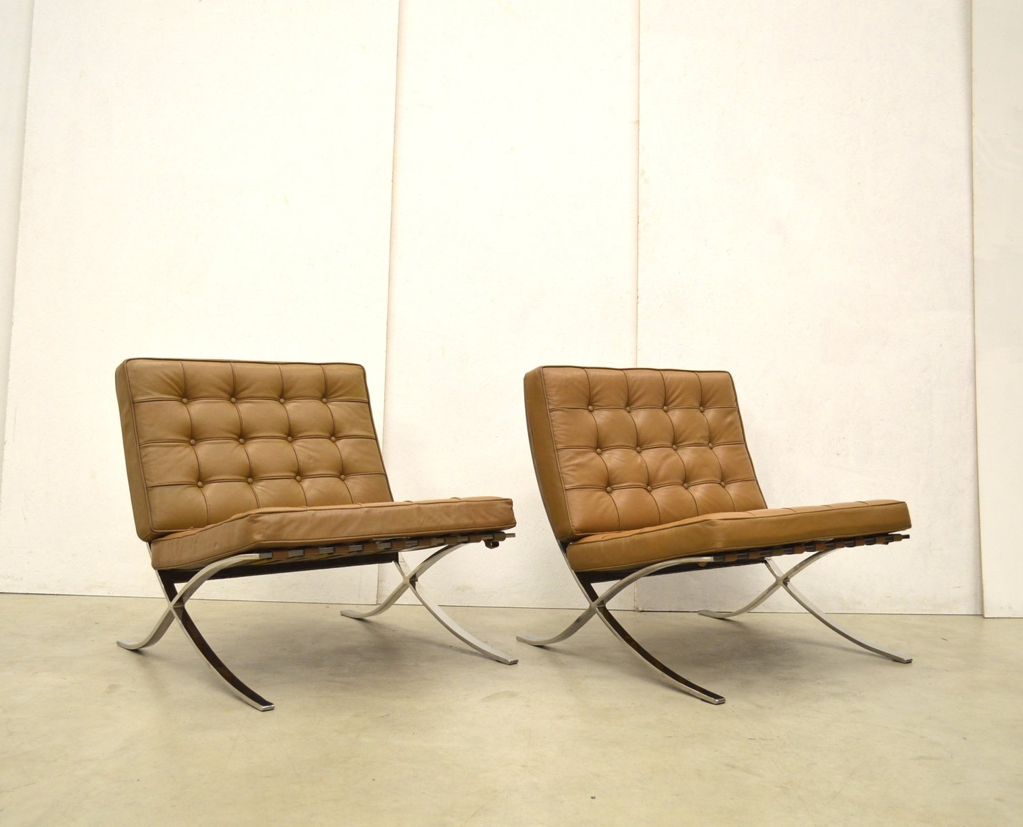 Brown Barcelona Chair By Ludwig Mies Van Der Rohe For Knoll 1960s