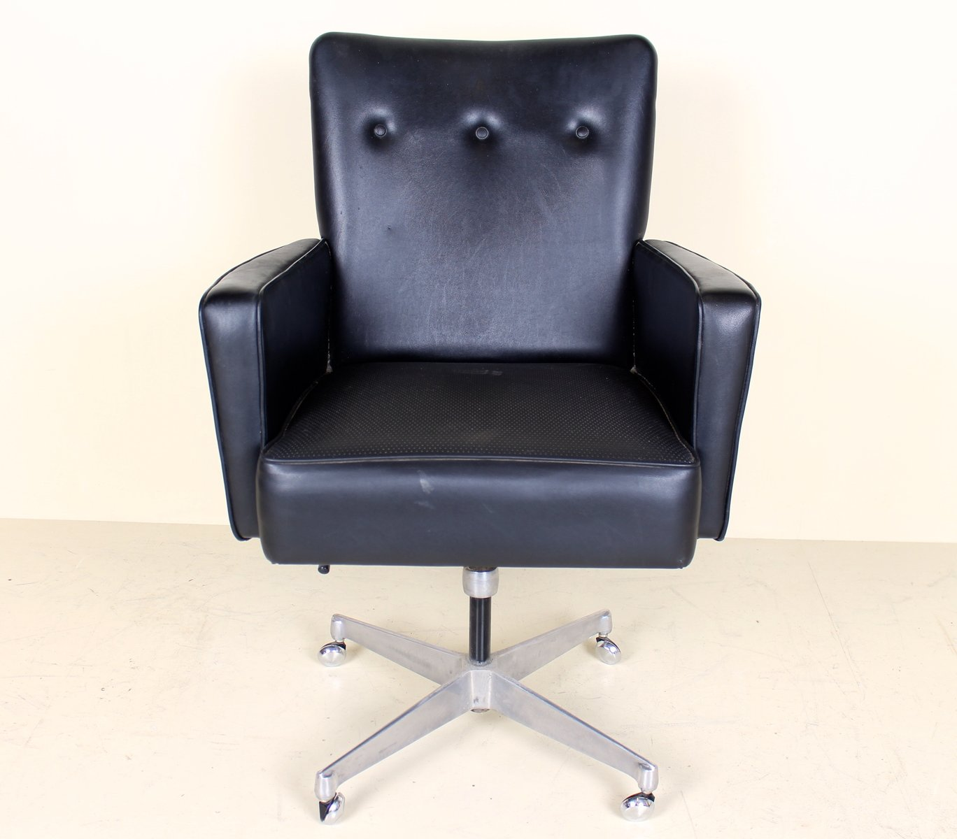 Astonishing Vintage Swivel Desk Office Chair In Chrome Squirreltailoven Fun Painted Chair Ideas Images Squirreltailovenorg