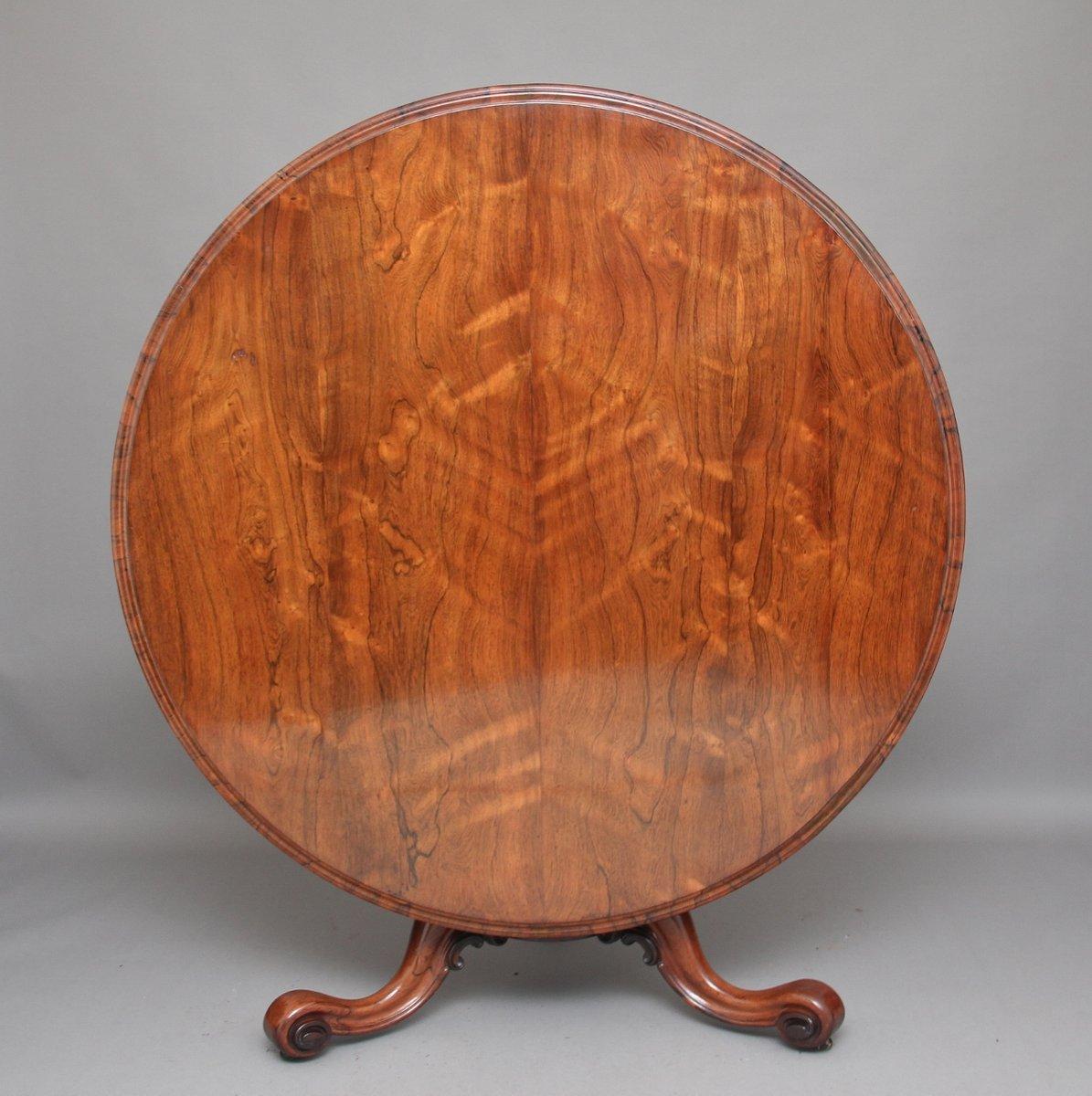Tavolo rotondo antico in palissandro in vendita su Pamono