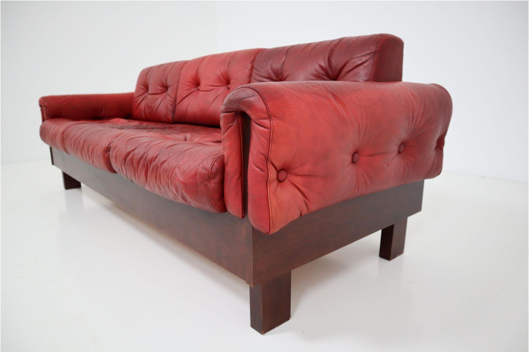 rotes 3 sitzer ledersofa 1970er bei pamono kaufen. Black Bedroom Furniture Sets. Home Design Ideas