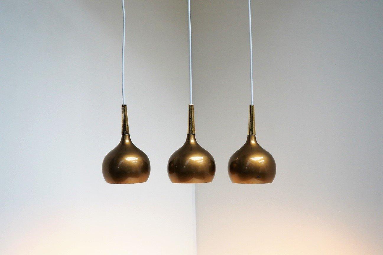 Kleine bronzefarbene schwedische Kugel-Hängelampen mit Messingschirmen...