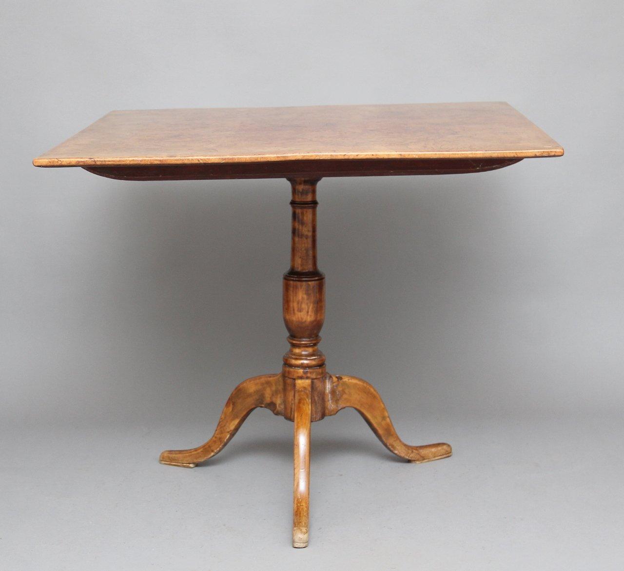 Antiker Esstisch aus Wurzel- & Erlenholz