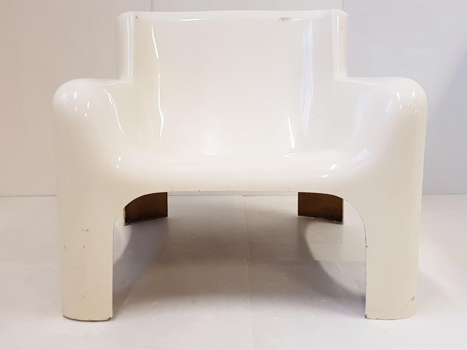 Italienischer Space Age Gaia Chair aus Glasfaser von Carlo Bartoli für...