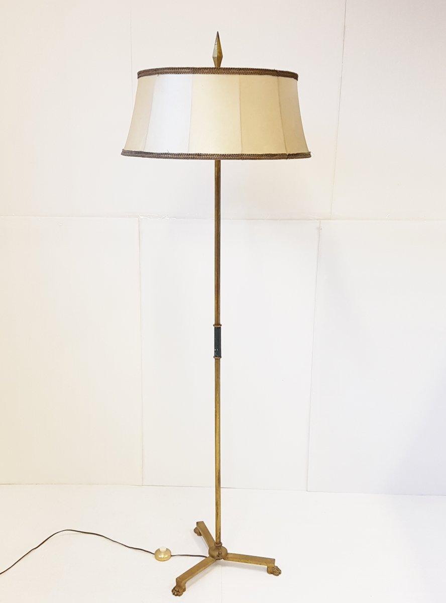 Französische Stehlampe aus Messing mit Löwenfüßen, 1950er