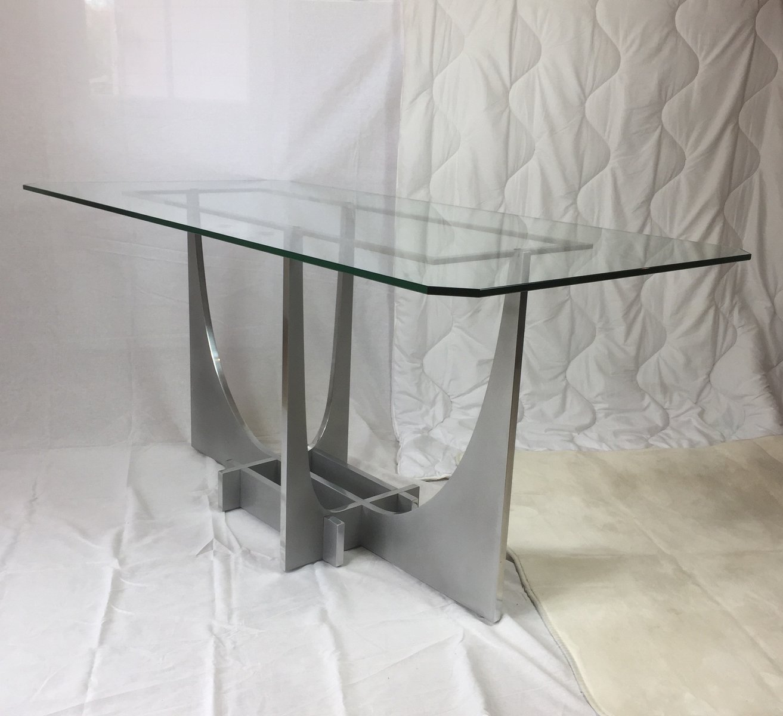 Coco Tisch von Henri Ureta