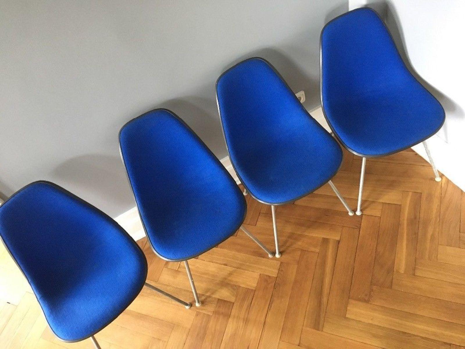 chaises dax vintage en fibre de verre par charles ray eames pour herman miller set de 4 en. Black Bedroom Furniture Sets. Home Design Ideas