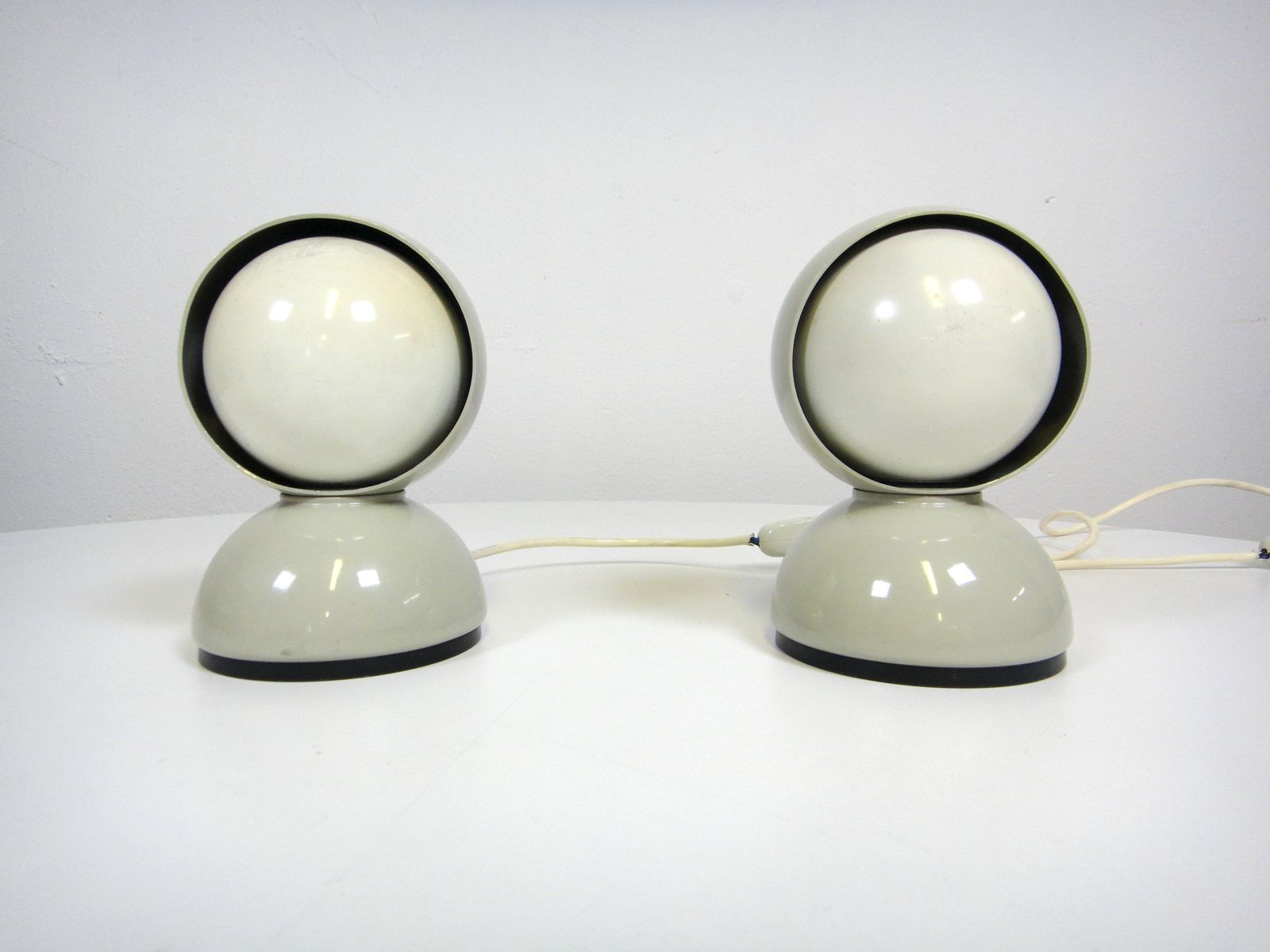 Eclisse Table Lamps by Vico Magistretti for Artemide, 1970s, Set of 2