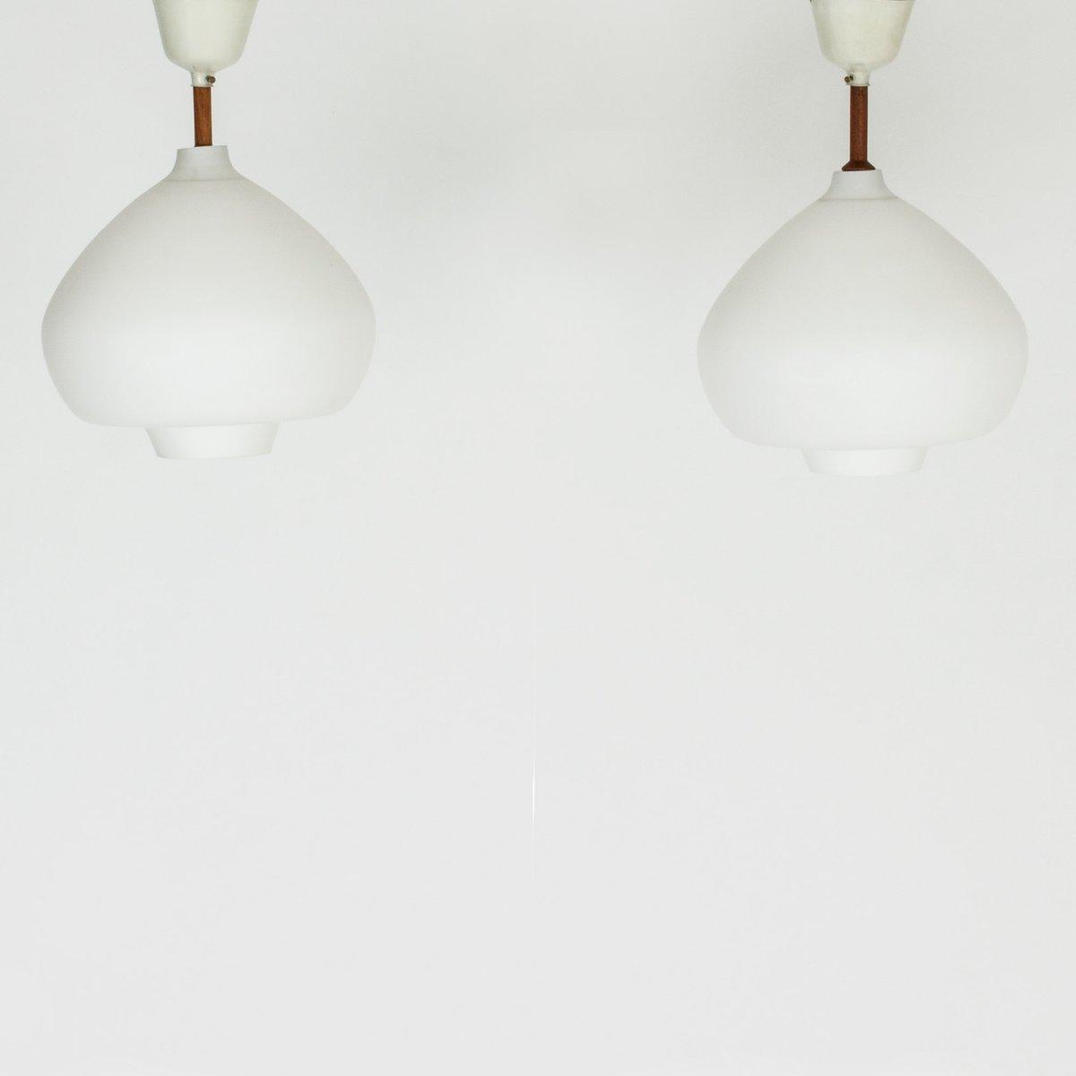 Deckenlampen aus Opalglas von Hans-Agne Jakobsson, 1960er, 2er Set