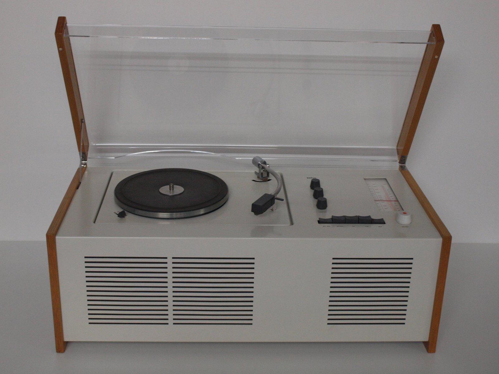 phonosuper sk55 radio mit plattenspieler von dieter rams f r braun ag 1963 bei pamono kaufen. Black Bedroom Furniture Sets. Home Design Ideas