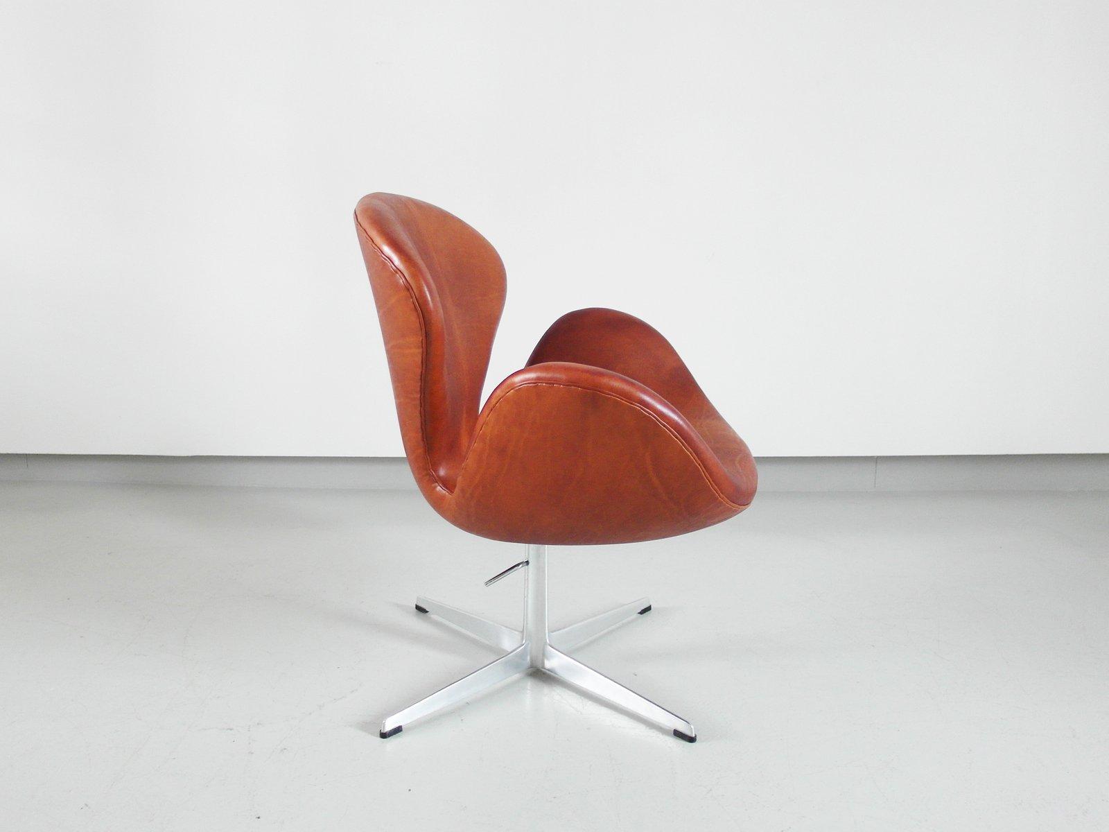 swan stuhl von arne jacobsen f r fritz hansen 1975 bei. Black Bedroom Furniture Sets. Home Design Ideas