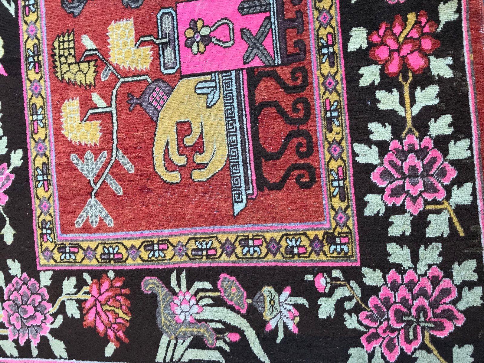 chinesischer art deco khotan teppich bei pamono kaufen. Black Bedroom Furniture Sets. Home Design Ideas