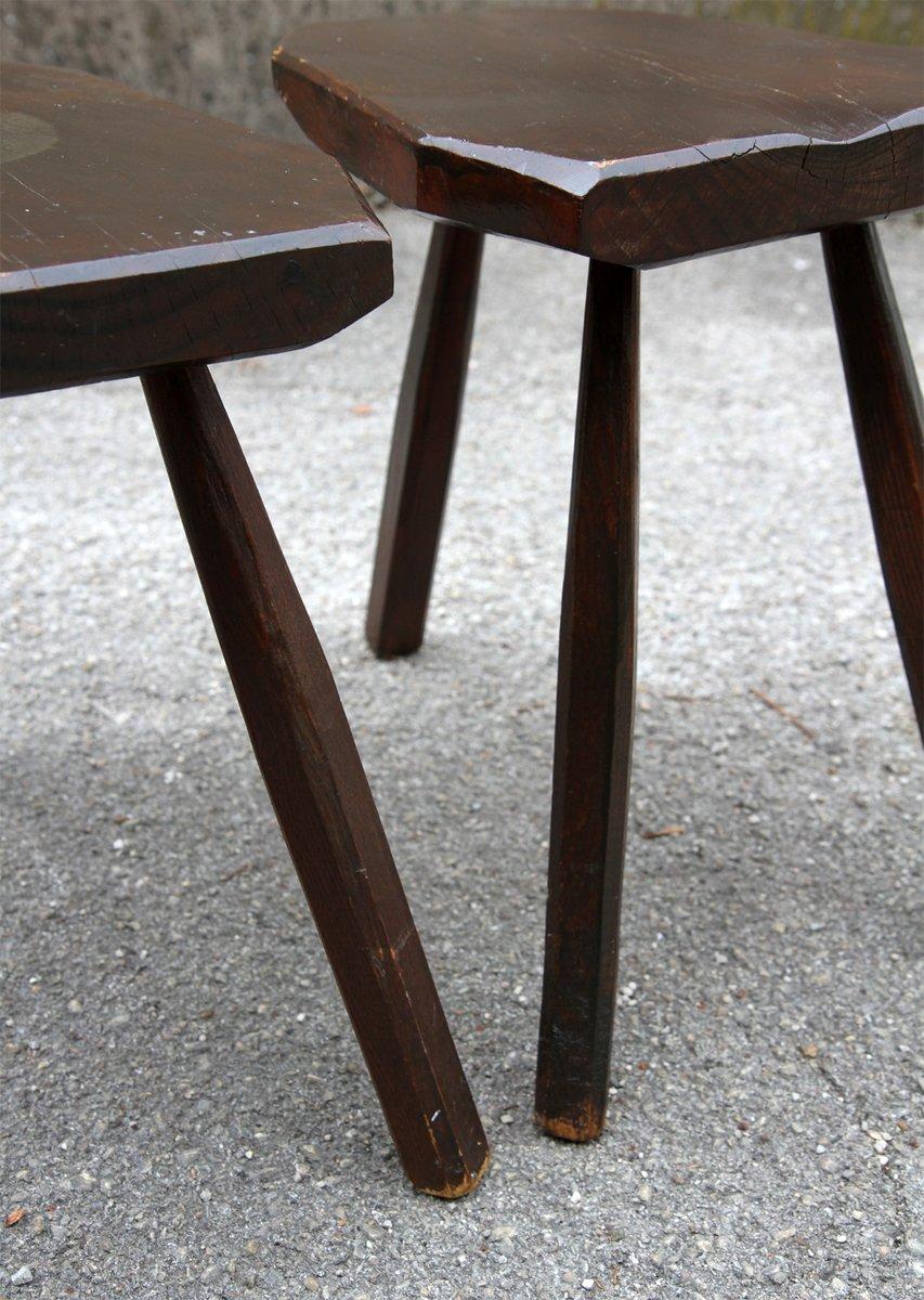 dreibeiniger hocker aus holz 1950er 2er set bei pamono kaufen. Black Bedroom Furniture Sets. Home Design Ideas