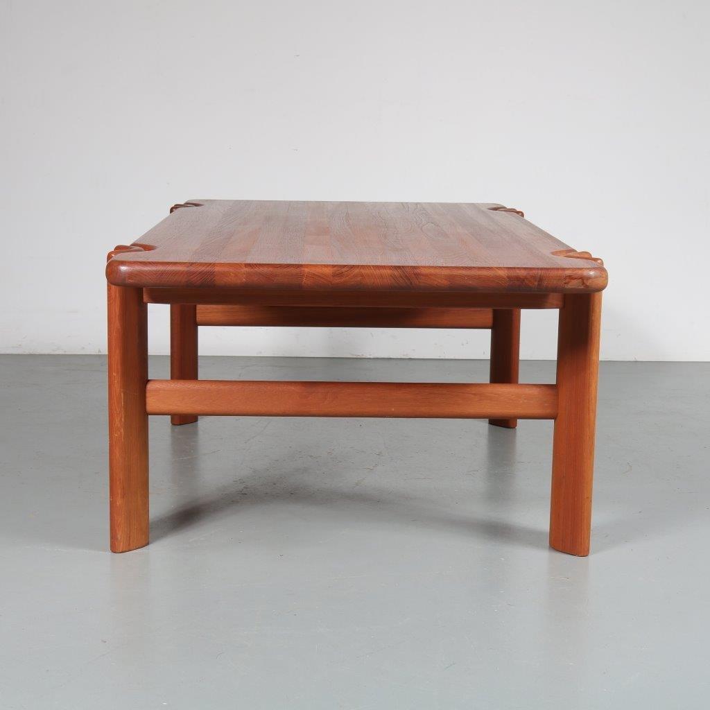 Teak Atomic Coffee Table: Teak Coffee Table, 1970s For Sale At Pamono