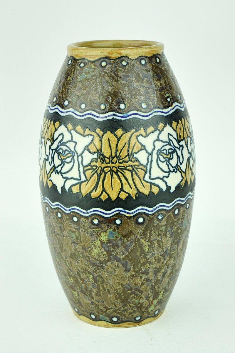 art deco vase aus steingut von charles catteau f r boch fr res 1920er bei pamono kaufen. Black Bedroom Furniture Sets. Home Design Ideas