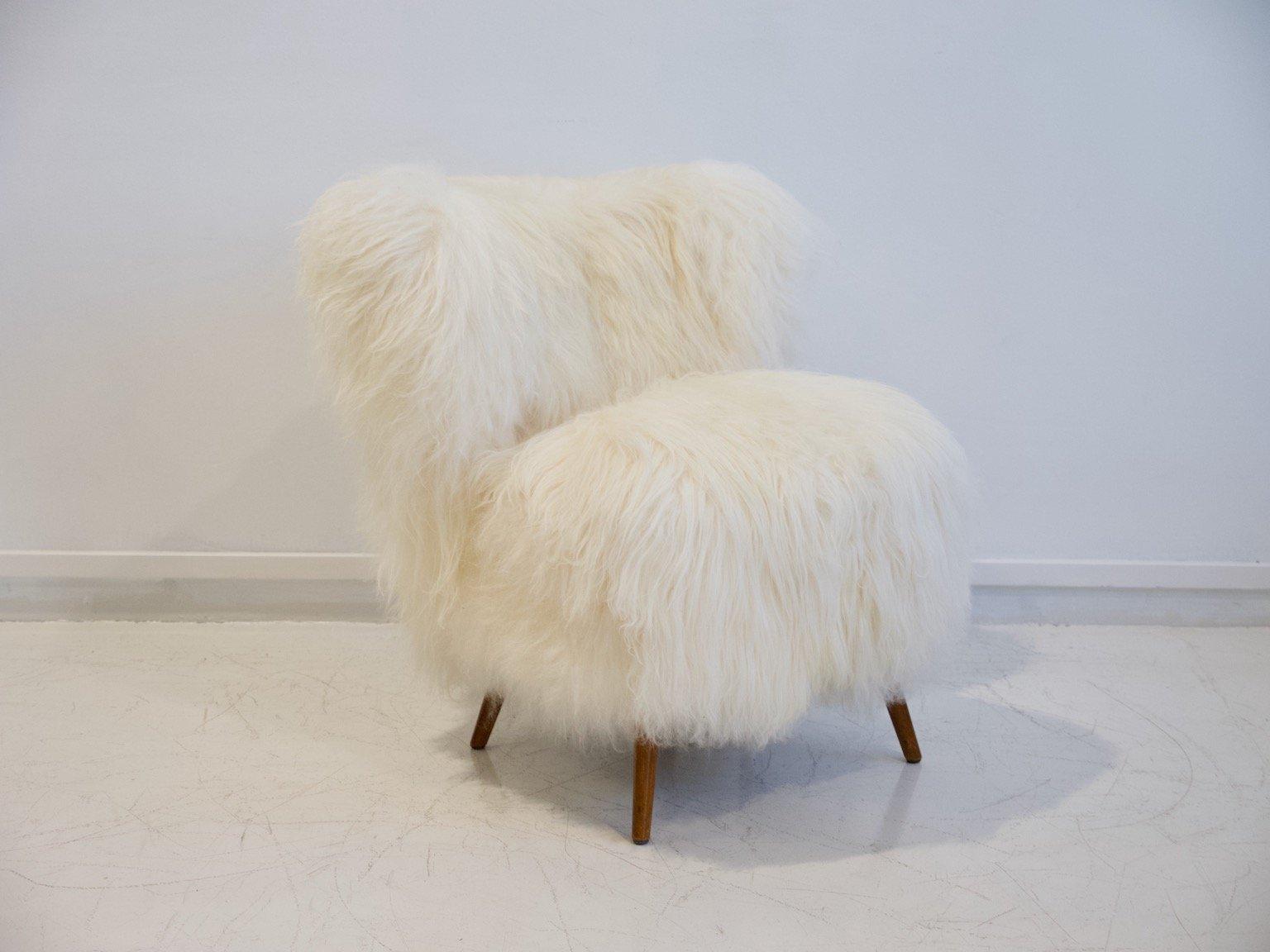 Weißer Sessel mit Bezug aus Lammfell, 1950er