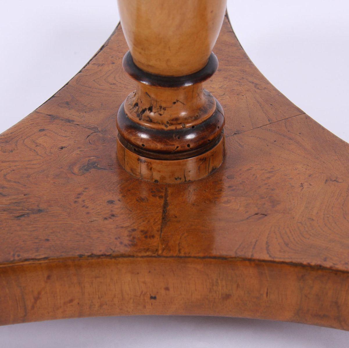 Antiker Tisch Aus Wurzel Ulmenholz Bei Pamono Kaufen