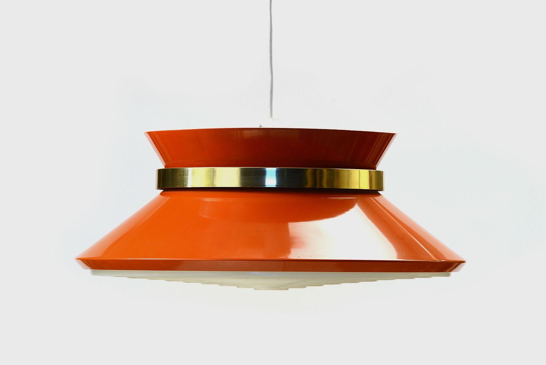 Orange lackierte Hängelampe von Carl Thore für Granhaga Metallindustri...