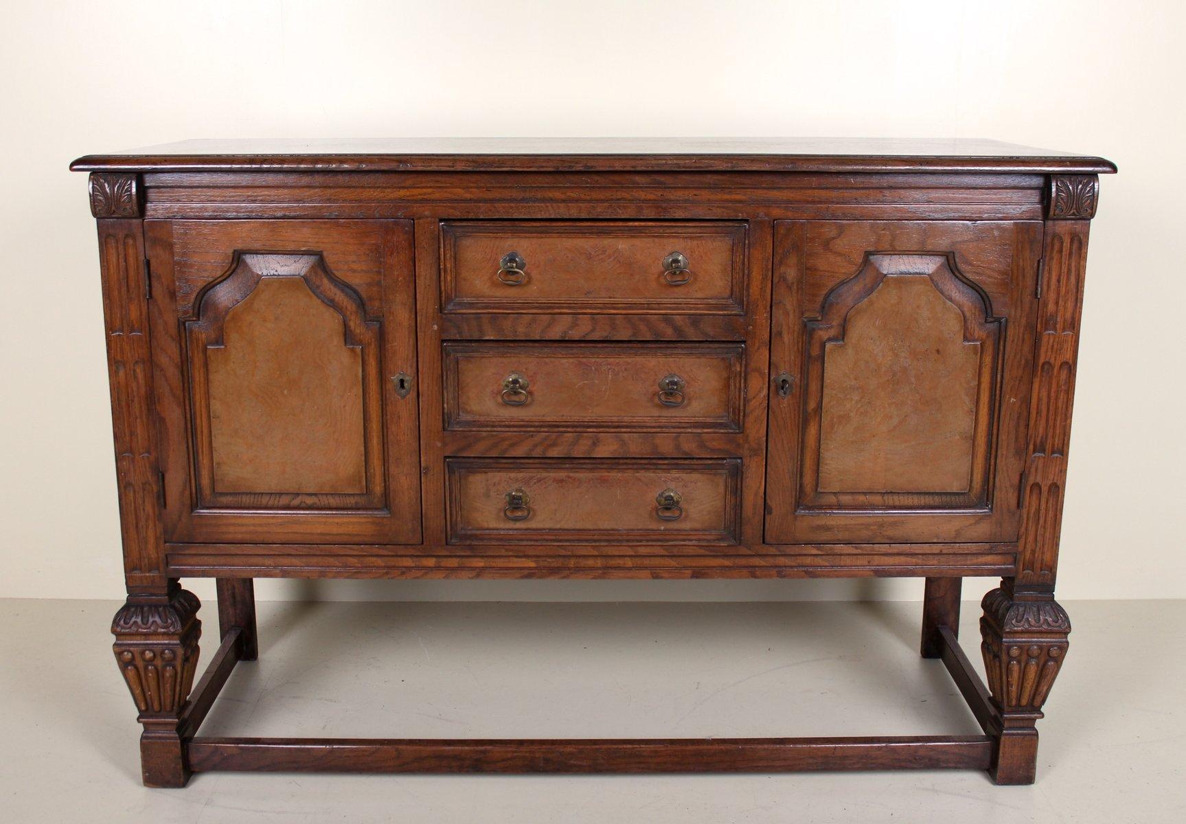Antikes Sideboard aus geschnitztem Eichenholz