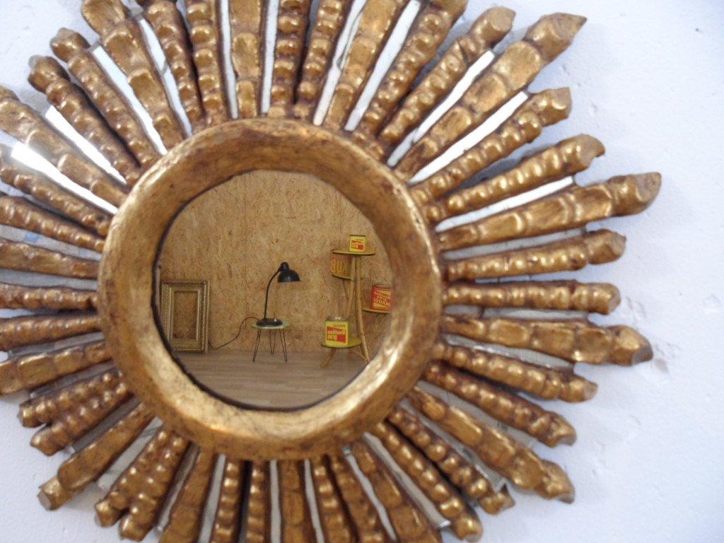 Spiegel mit rahmen aus holz in sonnen optik 1950er bei pamono kaufen - Spiegel aus holz ...