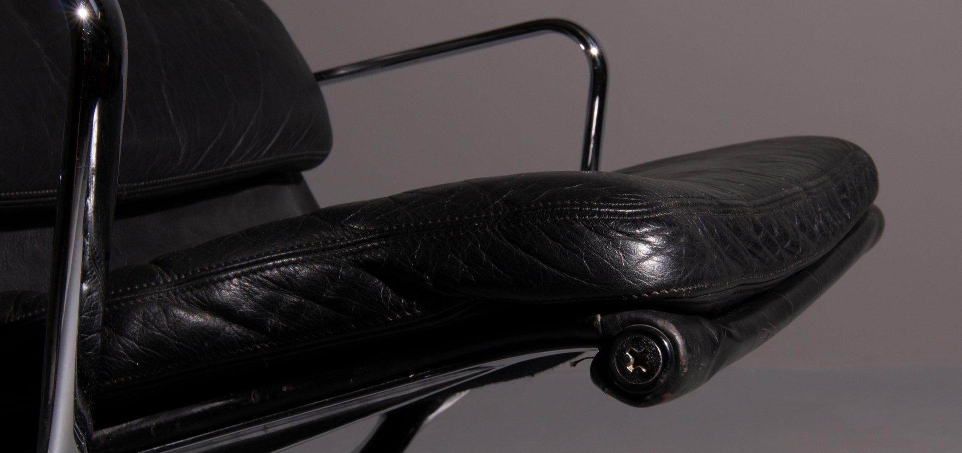 Vintage Model Ea 216 Softpad Black Lounge Chair By Charles