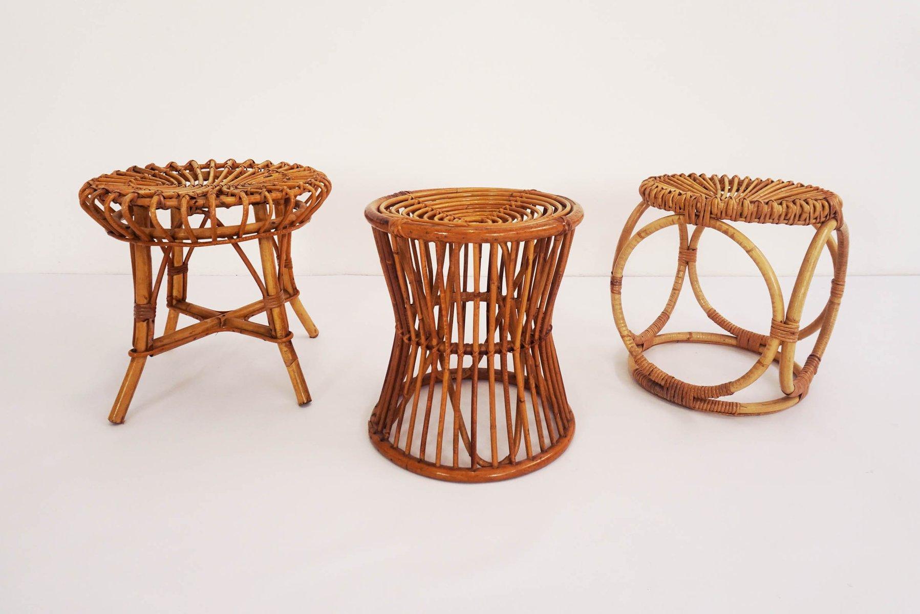 vintage hocker aus rattan von pierantonio bonacina 3er set bei pamono kaufen. Black Bedroom Furniture Sets. Home Design Ideas
