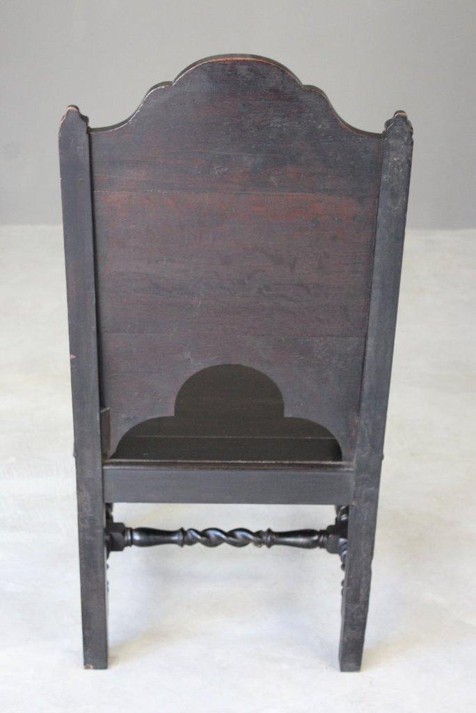 Antiker Stuhl aus geschnitzter Eiche mit Holzverkleidung