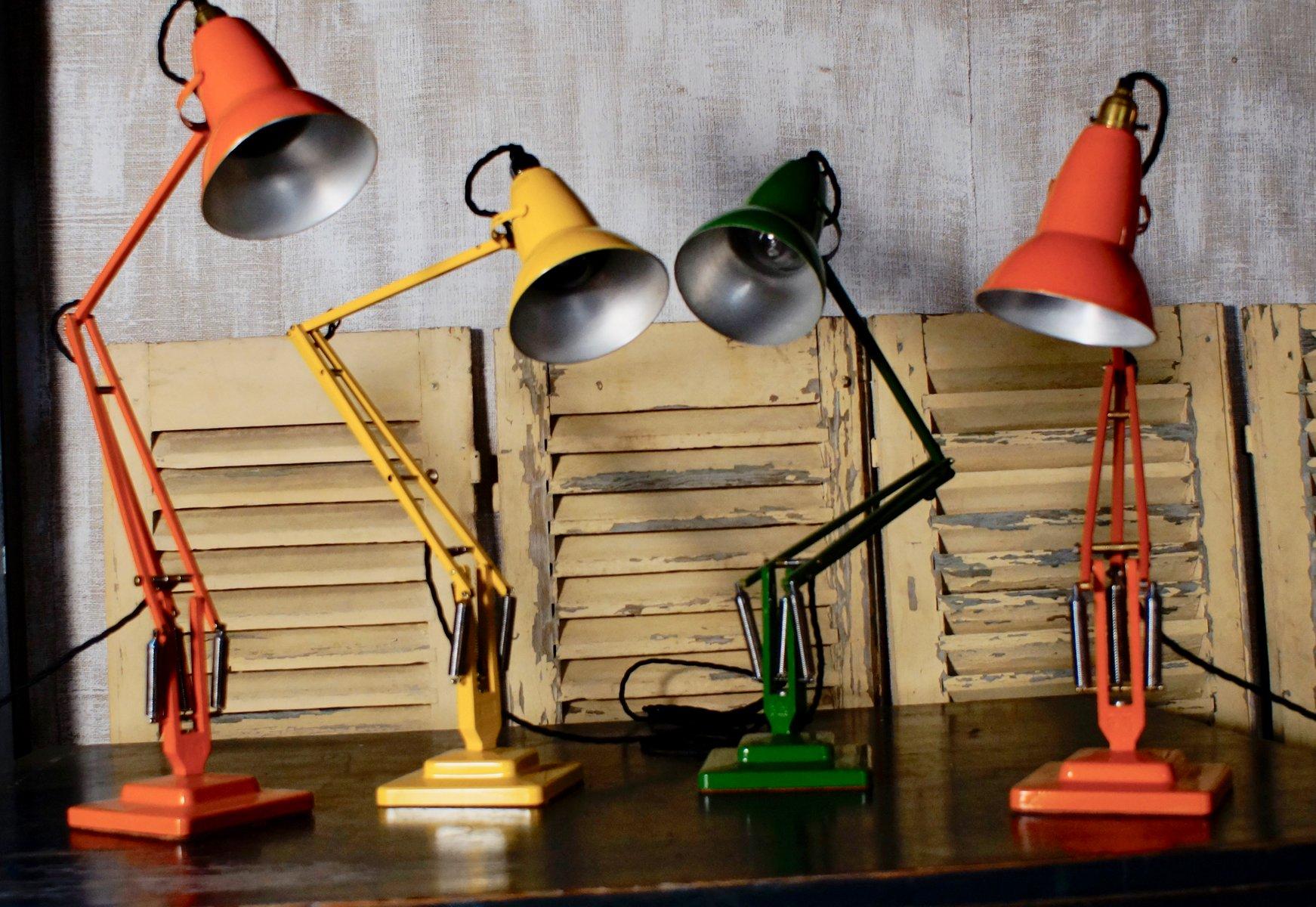 Grüne Lampe mit Gelenk von Herbert Terry, 1935