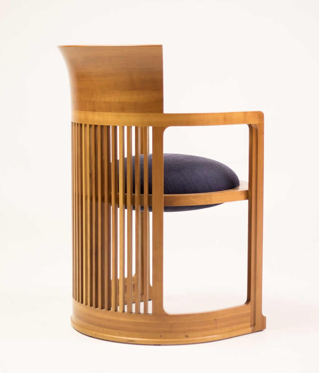Barrel Table And Chairs For Sale: Dining Table And Barrel Chairs By Frank Lloyd Wright For