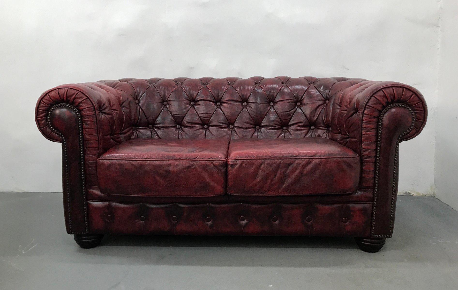 Terrific Vintage Oxblood Leather 2 Seater Chesterfield Sofa From Rubelli Inzonedesignstudio Interior Chair Design Inzonedesignstudiocom