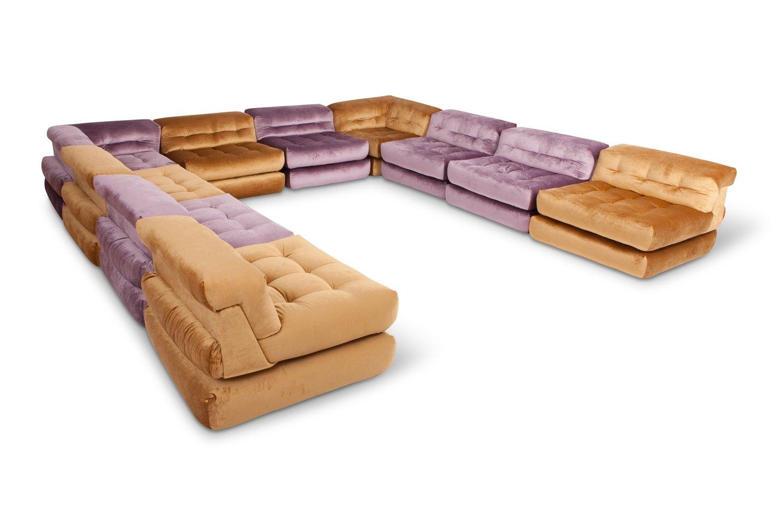 Beau Modulares Vintage Mah Jong Sofa Mit Goldenem Samtbezug Von Roche Bobois Bei  Pamono Kaufen