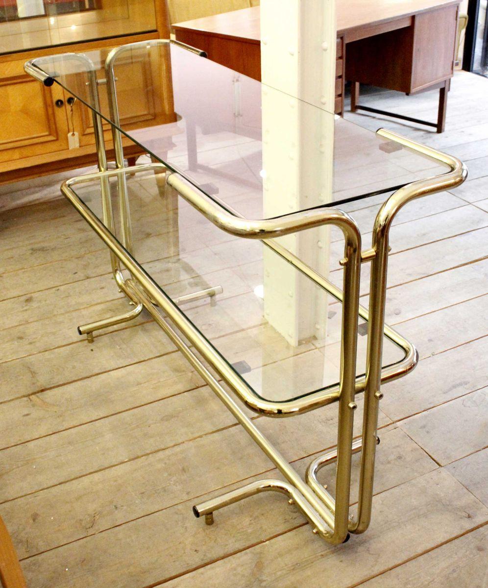 goldenes regal aus stahl glas mit r hrengestell 1970er bei pamono kaufen. Black Bedroom Furniture Sets. Home Design Ideas