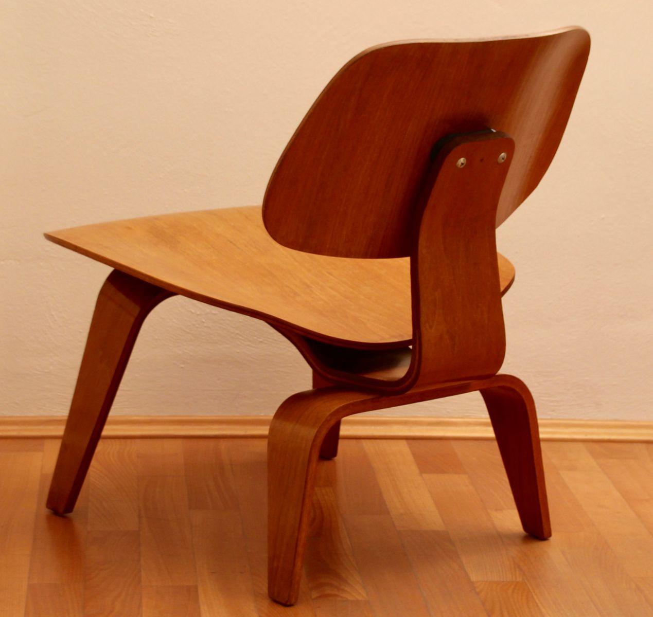 lcw stuhl von charles ray eames f r herman miller 1949 bei pamono kaufen. Black Bedroom Furniture Sets. Home Design Ideas