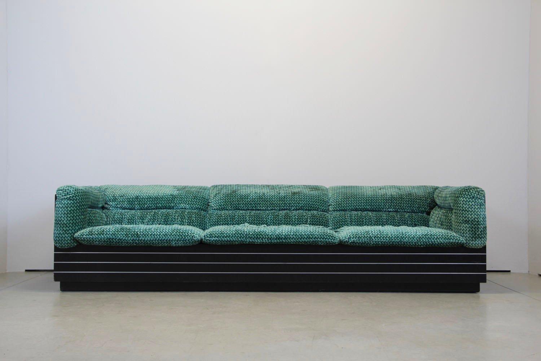italienisches vintage 2 sitzer sofa couchtisch von. Black Bedroom Furniture Sets. Home Design Ideas