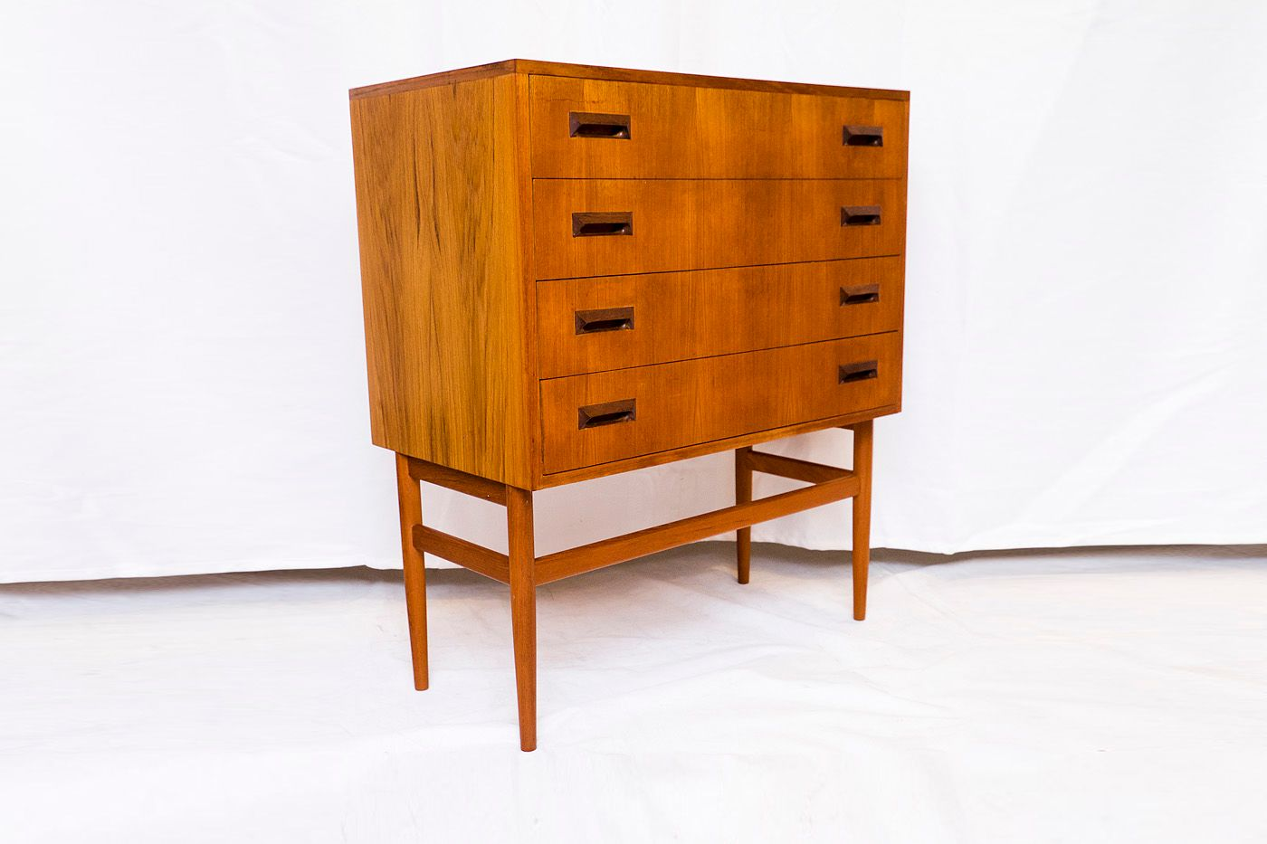 deutsche mid century kommode aus teak 1950er bei pamono kaufen. Black Bedroom Furniture Sets. Home Design Ideas