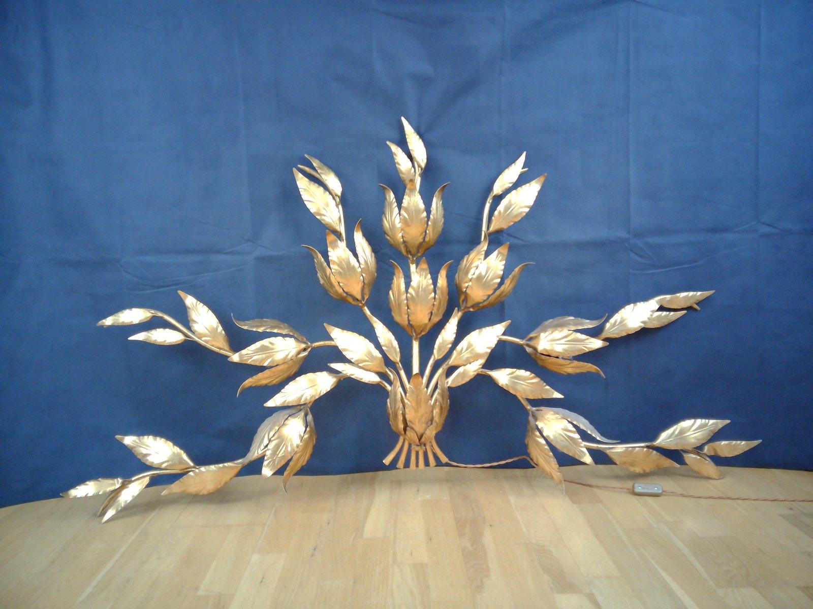 Goldene Wandlampe in Blätter-Optik, 1970er