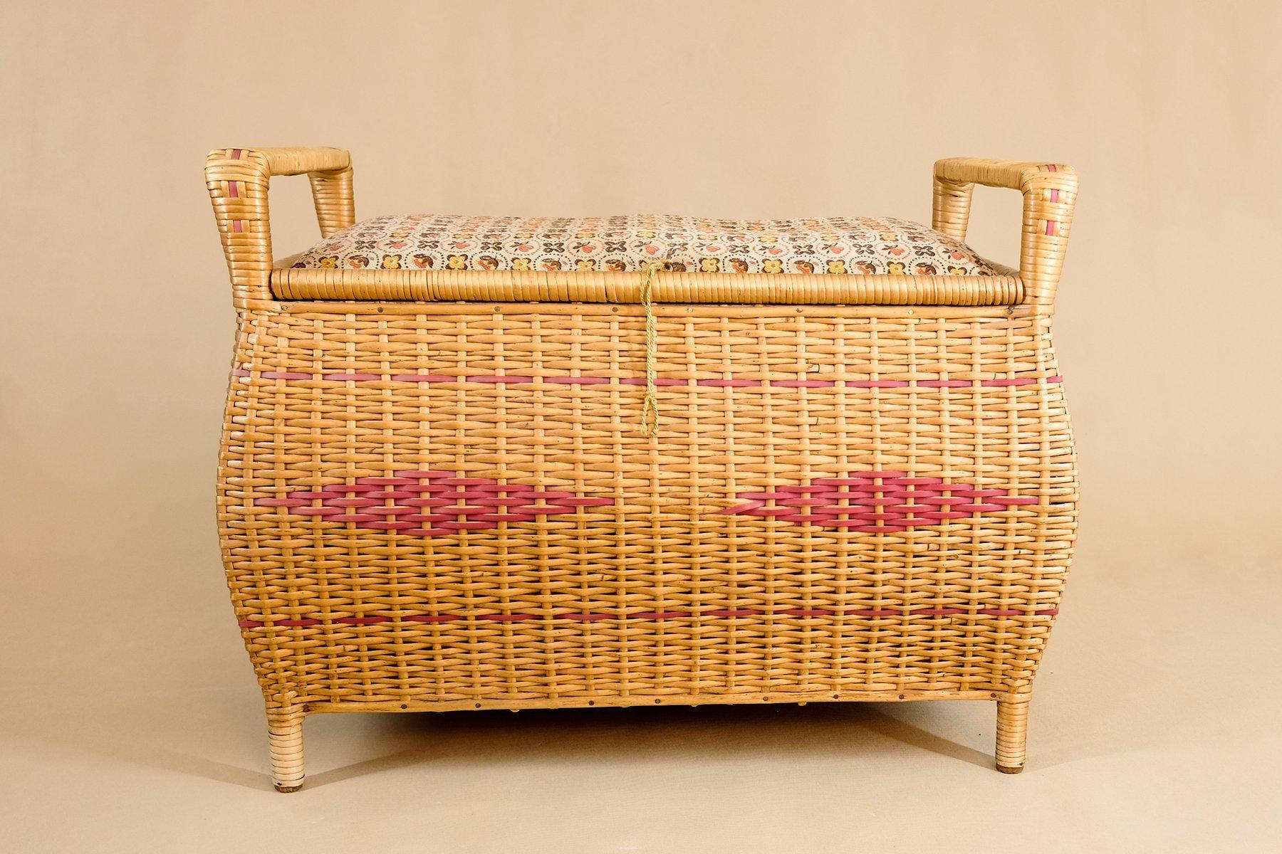 Sitz- oder Wäschetruhe aus Holz & Korbgeflecht, 1950er