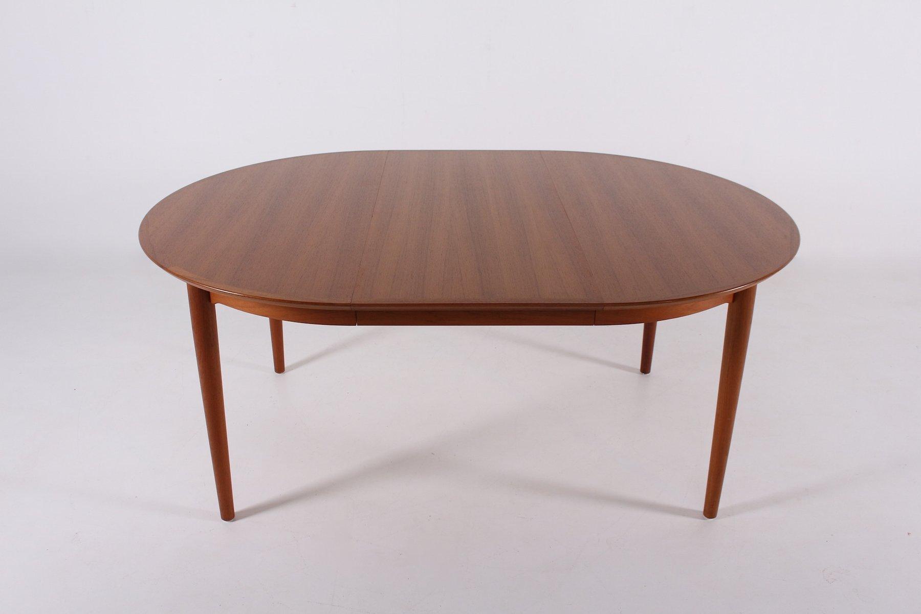 runder ausziehbarer modell 204 tisch von arne vodder f r sibbast 1970er bei pamono kaufen. Black Bedroom Furniture Sets. Home Design Ideas