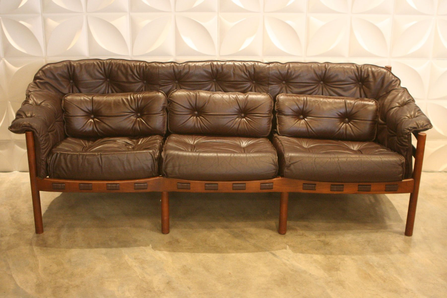 Surprising Mid Century Leather 3 Seater Sofa By Arne Norell For Coja Ocoug Best Dining Table And Chair Ideas Images Ocougorg