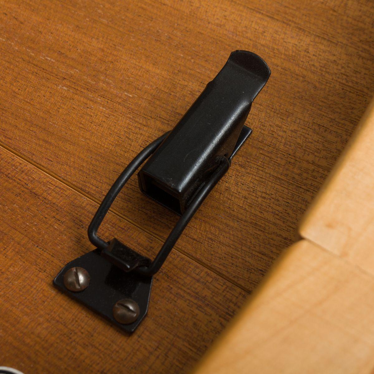 gro er runder d nischer mid century tisch aus eiche bei pamono kaufen. Black Bedroom Furniture Sets. Home Design Ideas