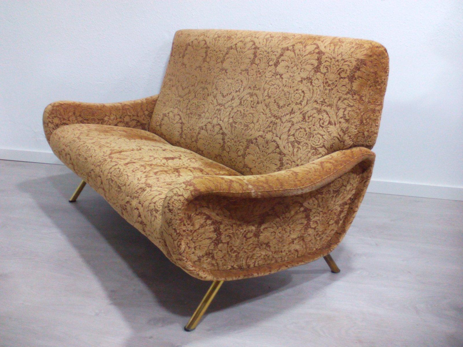 2 sitzer lady sofa von marco zanuso f r arflex 1954 bei. Black Bedroom Furniture Sets. Home Design Ideas