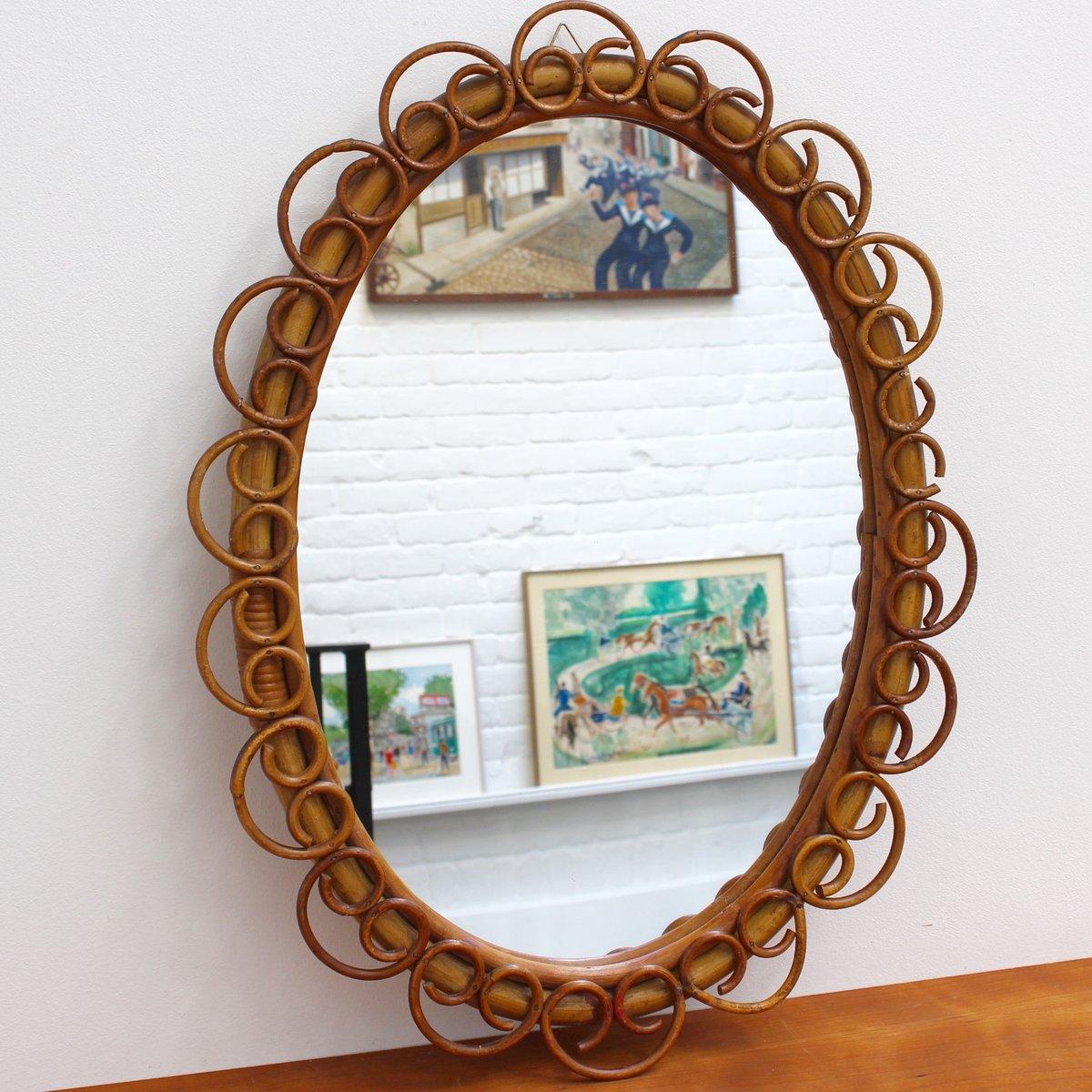 ovaler italienischer wandspiegel mit rahmen aus rattan. Black Bedroom Furniture Sets. Home Design Ideas