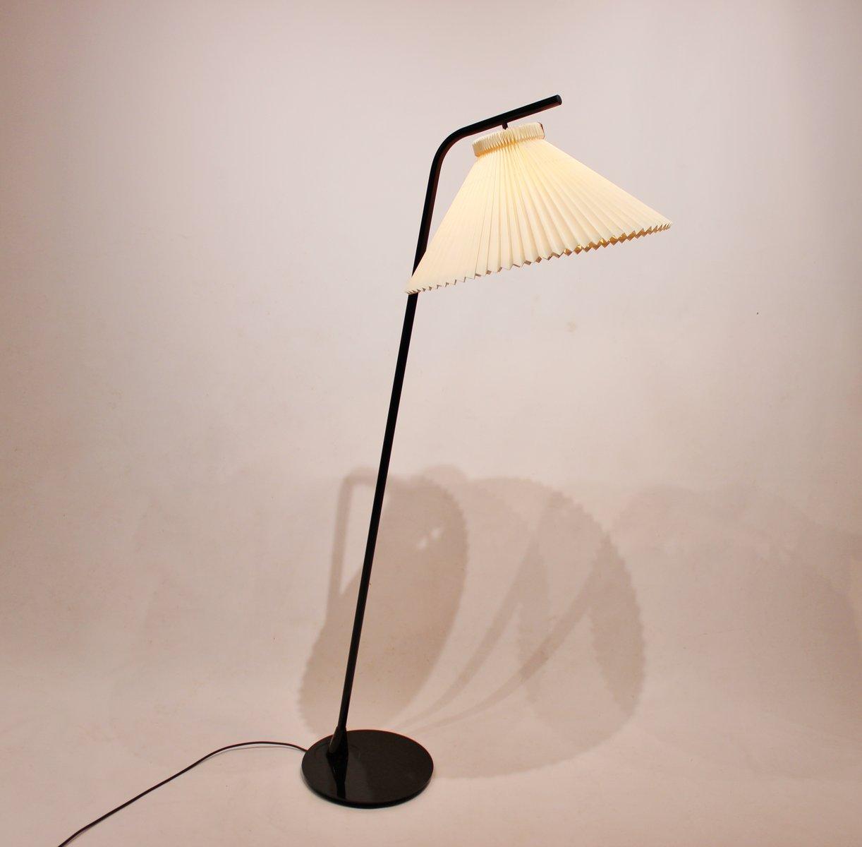Dänische Stehlampe von Le Klint, 1980er
