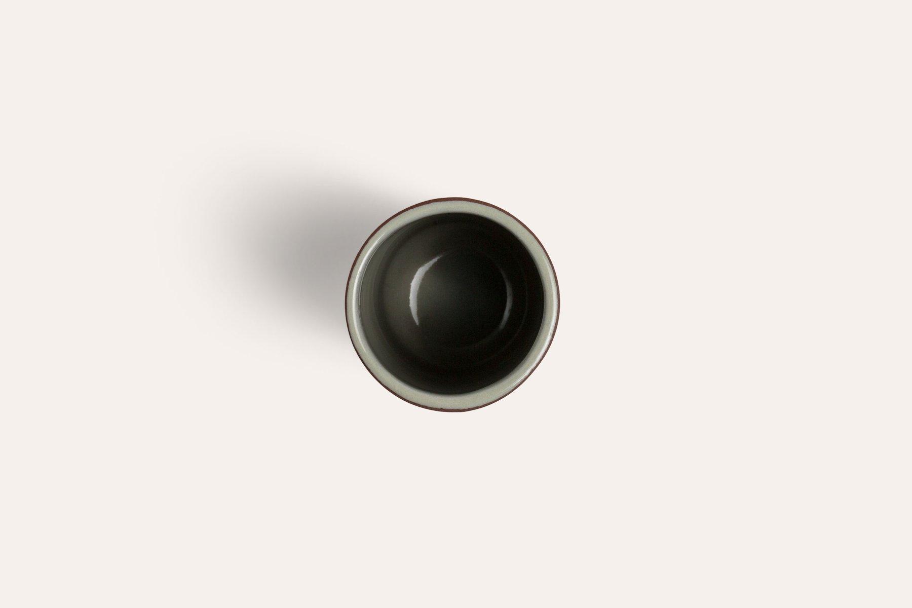terra becher mit gr ner innenseite von madre bei pamono kaufen. Black Bedroom Furniture Sets. Home Design Ideas